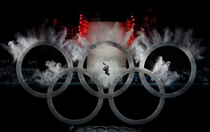 snowboarder-jumps-through-olympic-rings-vancouver-2010